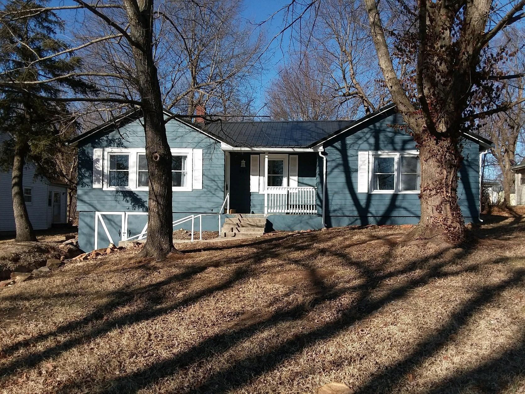 427 East Burford Street, Marshfield, MO - USA (photo 1)