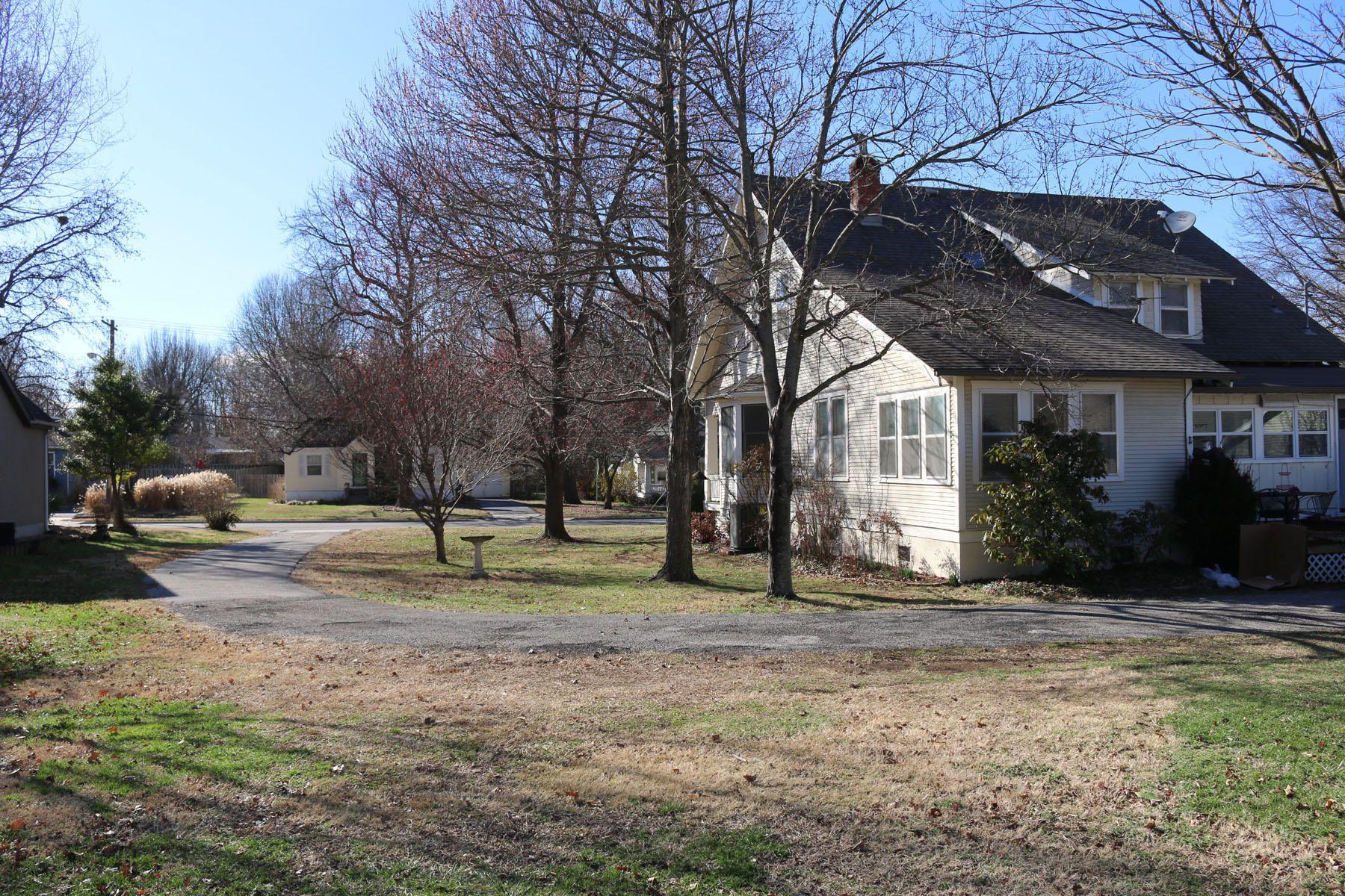 1552 South Fremont Avenue, Springfield, MO - USA (photo 4)
